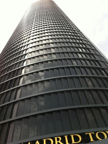florezalonso-primera-vez-en-el-eurostars-madrid-tower