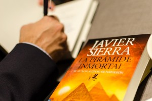 Javier Sierra Wine & Books