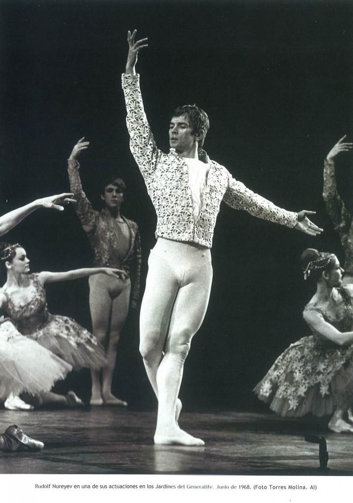 Actuación de Nureyev en el Festival Internacional de Música y Danza de Granada en 1968. Foto / Torres Molina
