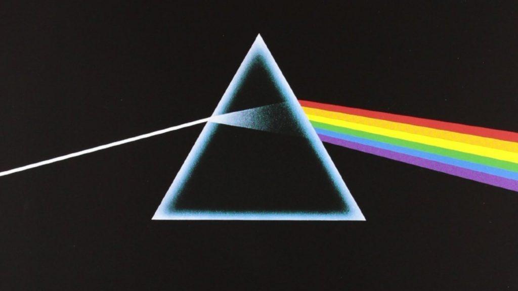 Portada del álbum The Dark Side of the moon, y el símbolo más representativo de la banda